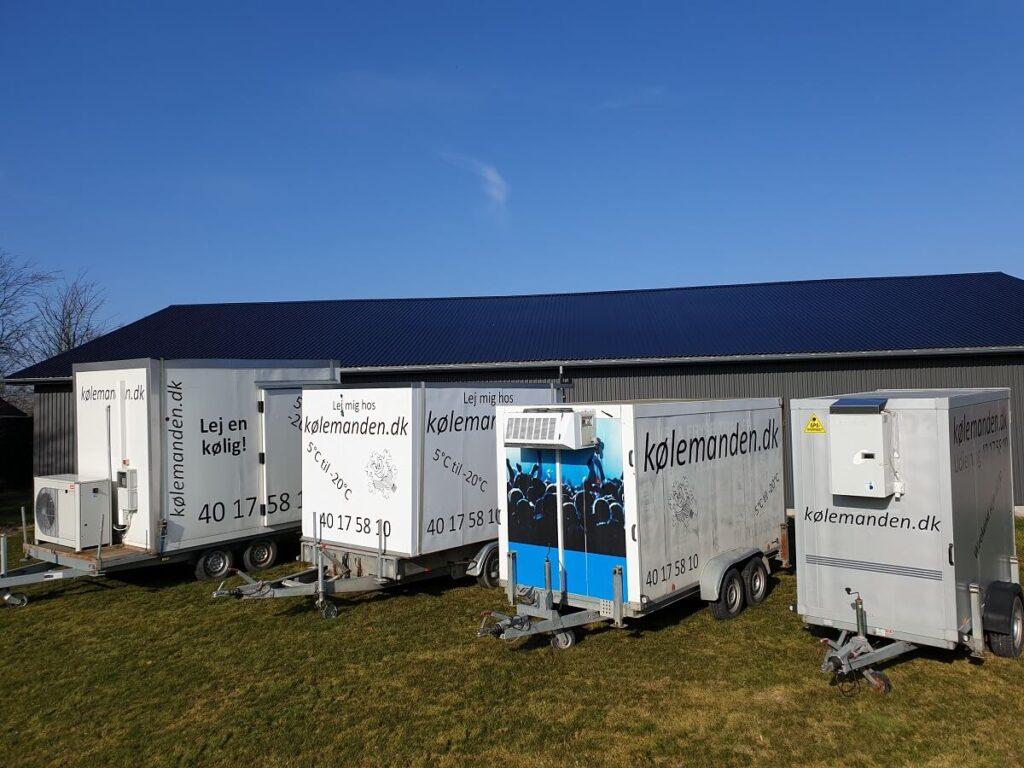 Et udsnit af Koelemandens trailere til udlejning.