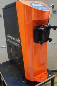 Lille model softicemaskine hos Kølemanden.